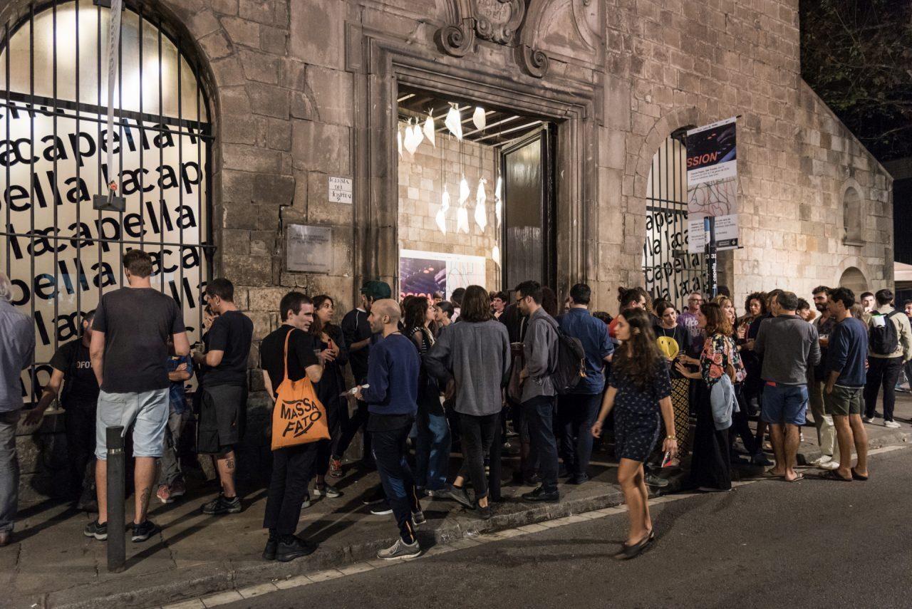 """Barcelona Producció. INAUGURACIÓ: """"La revolució gafada"""" de Dani Montlleó i """"Artengo2000″ de Camille Orny i Magda Vaz"""