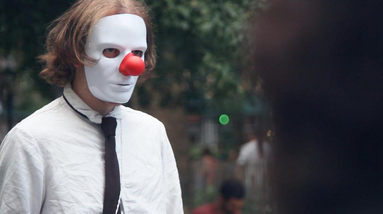 """Cinema a la fresca con """"Silencio/Distancia"""" por Jorge Peña"""