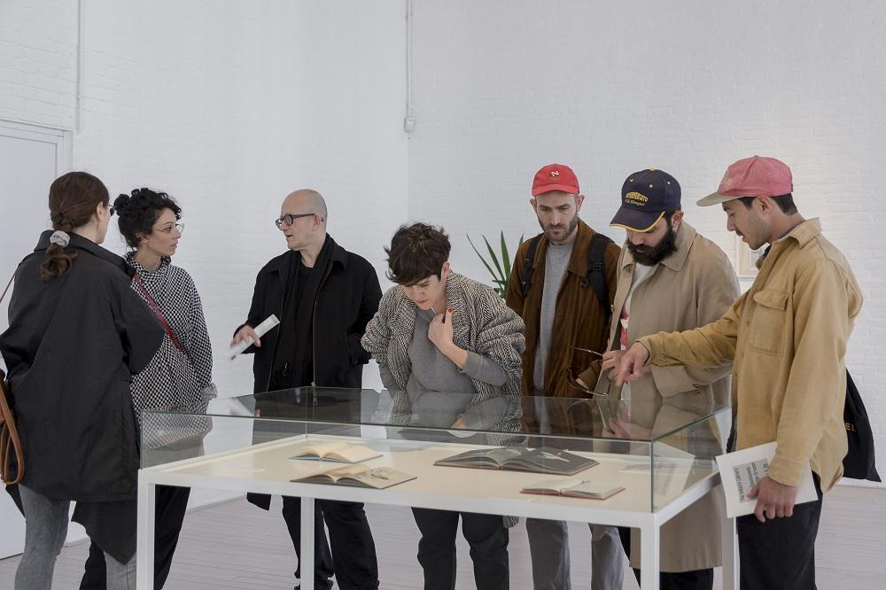 La biblioteca infinita: visita amb Enric Farrés Duran