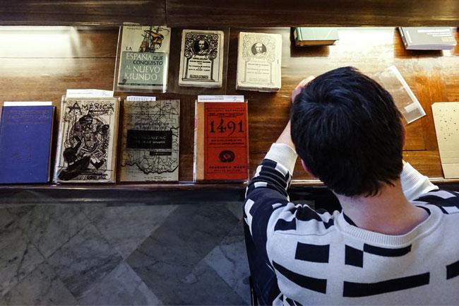 Visita amb Jaro Varga a la Biblioteca Pública Arús